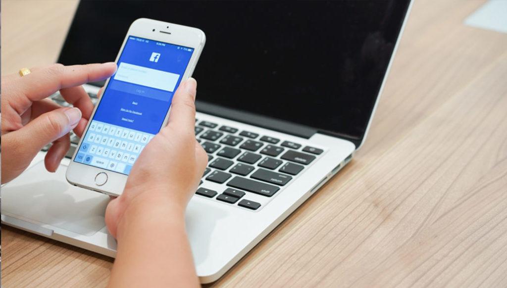 Facebook App auf einem iPhone